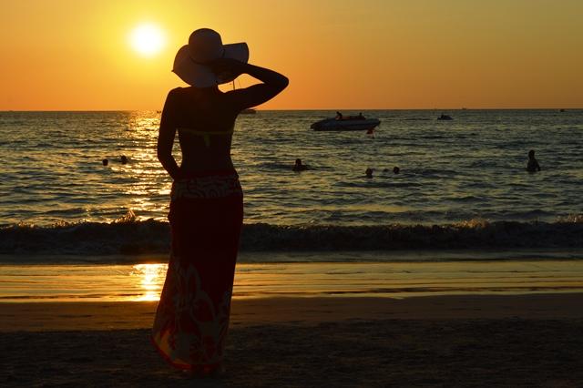 Kata Beach Tramonto