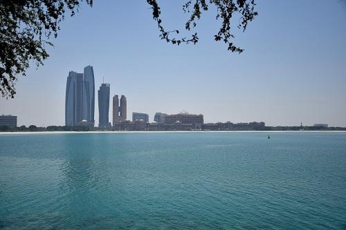 Dubai e la vicina Abu Dhabi - Journeydraft - Emirates Palace Hotel