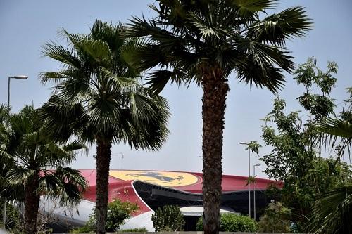 Dubai e la vicina Abu Dhabi - Journeydraft - Ferrari World Abu Dhabi