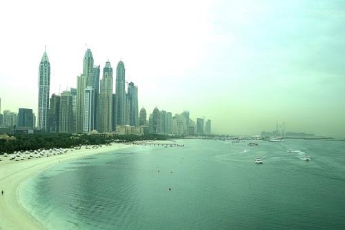 Dubai, cosa vedere e cosa fare - dune surfing - Journeydraft - Dubai Palm Jumeirah Atlantis