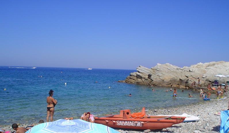 Isola d'Elba - mare, escursioni e buon cibo - Journeydraft - Spiaggia
