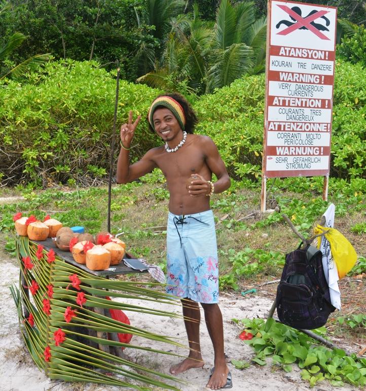 Seychelles: La Digue, le spiagge più belle - Journeydraft - AnseCocoDivietoBalneazione