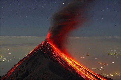 Allarme Vulcano in Guatemala - journeydraft